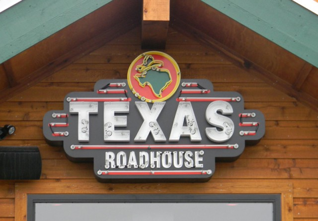 texas-roadhouse-3